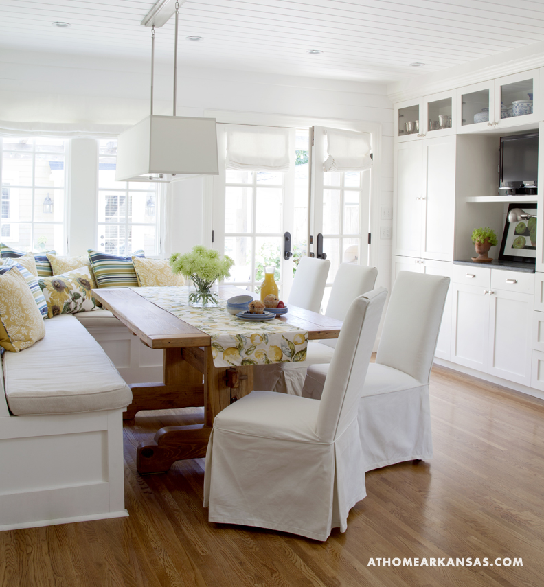 White Kitchen Family Room cozy kitchen spaces