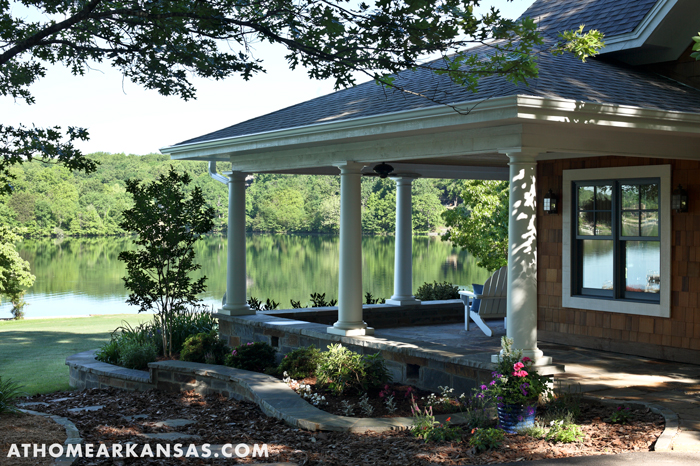 At Home in Arkansas | July 2009 | On the Waterfront | Photographer: Rett Peek
