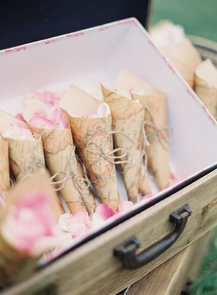 "{Style Me Pretty, ""A Vintage Wedding that Fully Embraces Pastels""}"