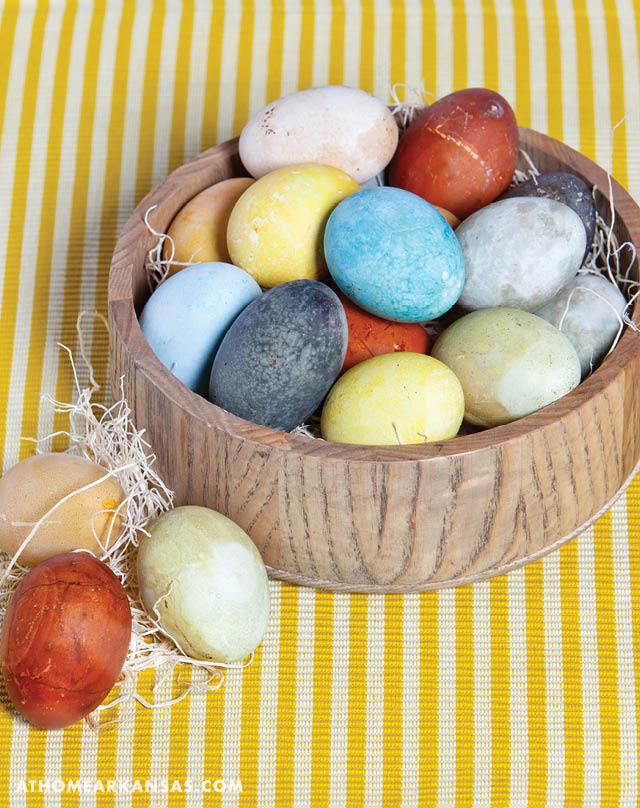 Naturally Dyed Eggs | At Home in Arkansas | March 2016