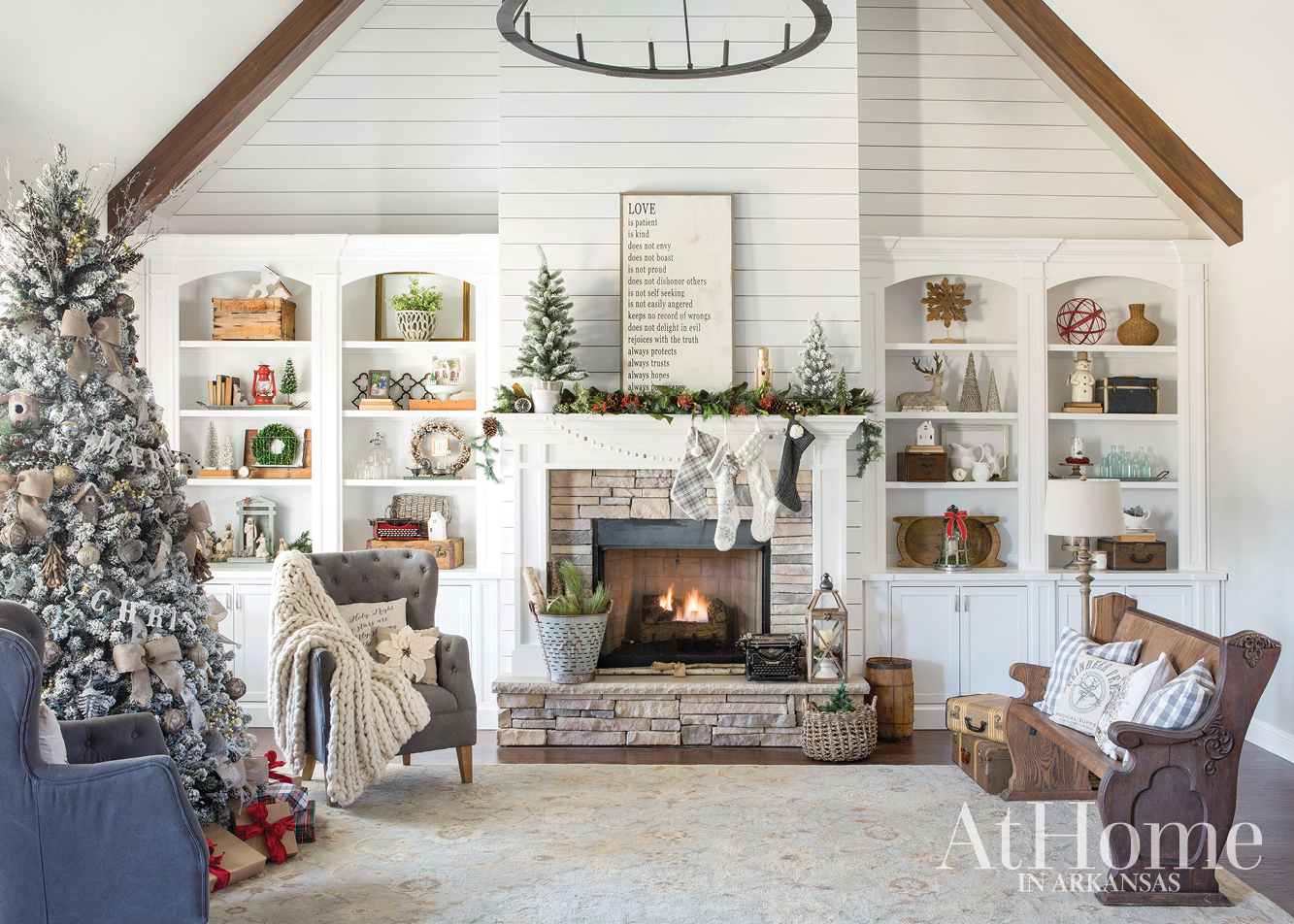 ... Her Home Design Blog, \u201cour Vintage Nest,\u201d Not Only Showcases  Own Home, But Also Illustrates Why She\u0027s Drawn To Decor With A  Contemporary ...