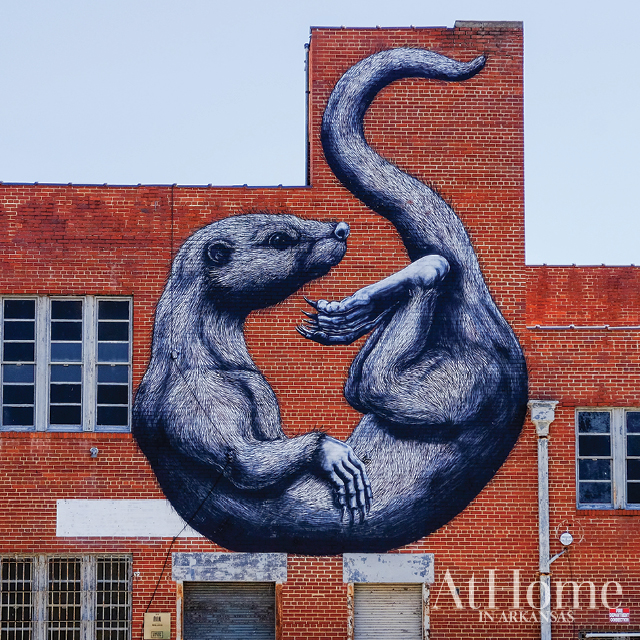 Roa otter mural in Fort Smith, Arkansas